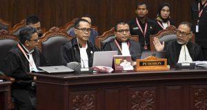 Tim kuasa hukum Prabowo-Sandi
